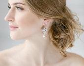 Bridal Earrings , Wedding Pearl Earrings, Bridal Jewelry , Dangle Pearl Earrings , Teardrop Earrings ,White Opal Swarovski Earrings, Vintage