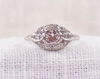 Vintage 18K Gold Diamond Engagement Ring .35 Carats