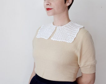 Vintage White Square Crochet Collar