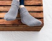 Hand Knit Wool Socks, Women's Size 6/7, Knitted Ankle Socks in Gray (2002)