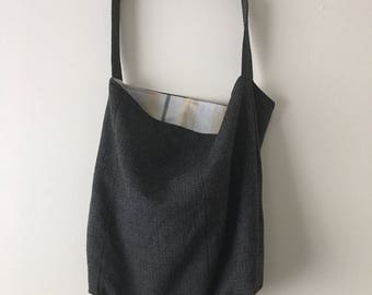 handmade gray wool shoulder bag