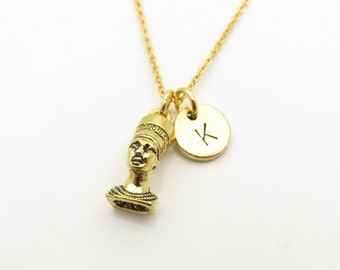 Nefertiti Necklace, Queen Nefertiti Charm, Personalized Initial Necklace, Stamped Initial Letter, Antique Gold Queen Nefertiti Z296