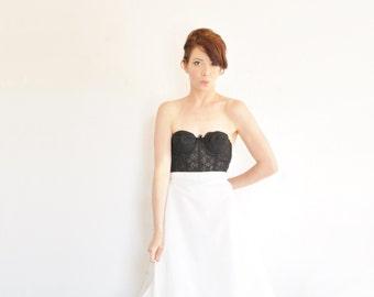 white bridal petticoat underskirt . high waist floor length tulle crinoline .large .sale