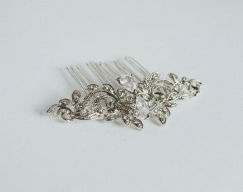 Rhinestone hair comb, silver comb, crystal comb, floral comb, silver flower, rhinestone flower, bridal hair comb, wedding accessory
