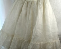 Vintage White 1950s 50s Hoops My Dear Lace Tulle Wedding Bridal Petticoat Slip