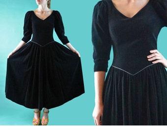80s Dress LAURA ASHLEY Dress / Vintage Black Velvet Dress / Full Skirt Dress Plunge Neckline Evening Dress Black Cocktail Dress S / M