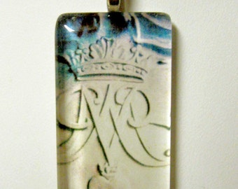 Marian symbol pendant with chain - GP01-614