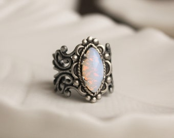 Pin Fire Opal Navette Filigree Ring. Vintage Jewel Ring