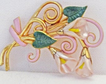 Vintage Pink Enamel Mother of Pearl Shell Gold Gilt Pot Metal Floral Calla Lily Brooch Pin (B-3-5)