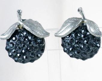 Vintage Silver Tone Rhinestone Black Raspberry Clip Earrings (E-2-1)