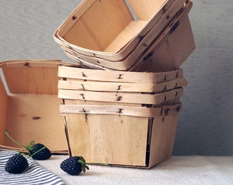 Lot of 8 Vintage Wooden Berry Baskets - Strawberry Baskets - Farm Produce Containers