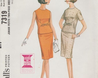 McCalls 7319 / Vintage 1960s Sewing Pattern / Skirt Blouse / Sizes 11 to 13