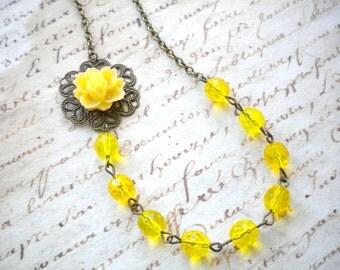 Flower Necklace Yellow Jewelry Beach Wedding Yellow Necklace Summer Wedding Jewelry Bridesmaid Gifts Yellow Bridesmaid Necklace