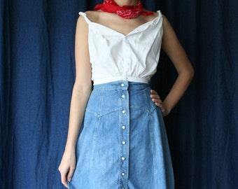 70s Midi Denim Skirt / Snap Up Button Skirt / Western Skirt / High Waisted Light Wash Jean Skirt /  xs skirt