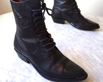 Black Leather Granny cowgirl lace-up boots Nine West 1990s marked 7M