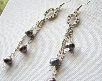 Horseshoe charm | silver earrings | pearl purple | swirl dangle