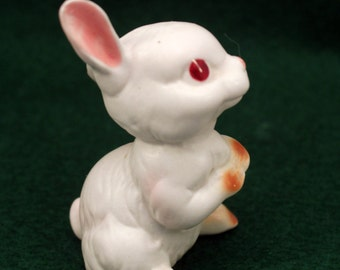 Lefton White Rabbit Bunny Miniature Figurine Red Eyes Easter 2440 w Label