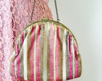 Vintage 1920s flapper micro beaded purse/Pink beads