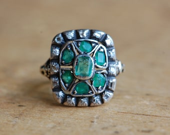 Antique Georgian old cut diamond and emerald ring ∙ Georgian gemstone ring