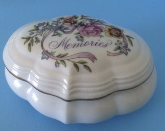 "ON SALE 1983 Avon Porcelain Music Trinket Box with removable lid Roses and Memories Plays ""Try to Remember"" Great Gift for a loved one"