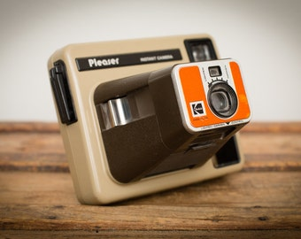 Kodak Pleaser Instant Film Camera, Retro Brown & Orange, Vintage 70s