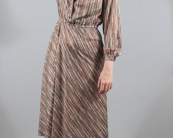 Vintage 1970s 70s Printed Polyester Shirt Dress Long Sleeves Business Casual