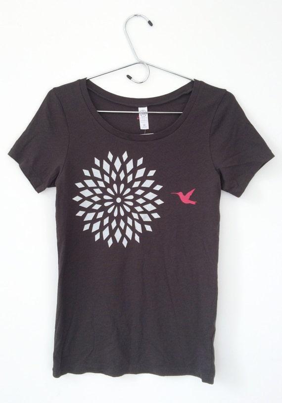 Sample Sale - Hummingbird Dahlia Organic T-Shirt  Size Small Only
