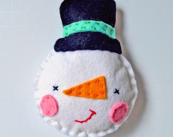 DIY Christmas Decoration Sewing Kit, Felt Decoration Kit, Frosty DIY Sewing Kit, Make Your Own Decoration Kit, Frosty Sewing Kit