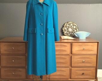 Vintage Bright Teal Ladies' Overcoat Size medium petite