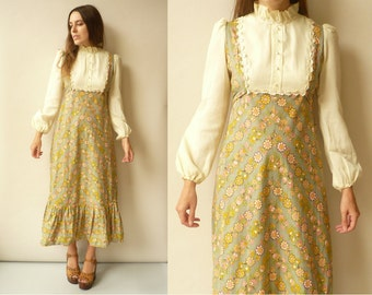 1970's Vintage Victoriana Style Floral Print Bohemian Maxi Dress Size XS