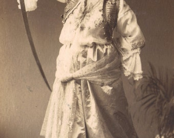 Judith, German postcard of Biblical Heroine, posted in Budapest in 1918.