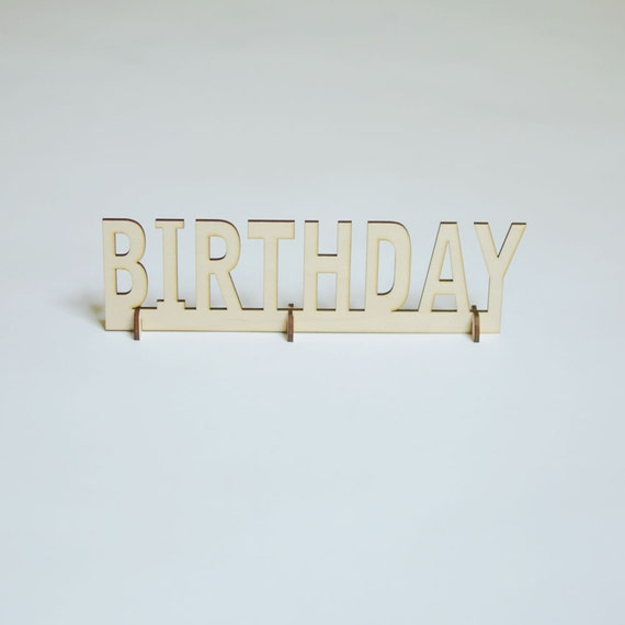 Birthday Sign Ups: Natural Wood Stand-Up Birthday Table Sign