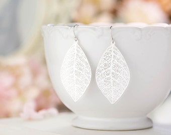 Leaf Earrings Silver Filigree Dangle Earrings Bohemian Earrings Boho Chic Woodland Wedding Earrings Valentine's Day Gift for Her