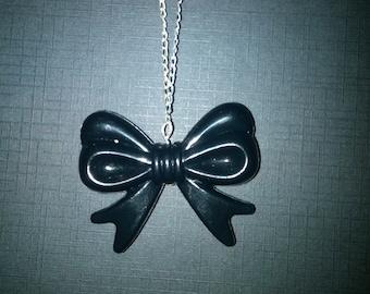 Big Black Bow Necklace