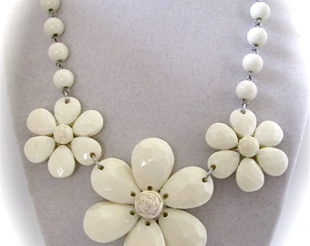 Vintage STATEMENT BIB Collar Milk Acrylic Bubble Faceted Beads LARGE Flower Necklace