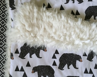Bear Baby Blanket. Faux Fur Blanket. Minky Blanket. Woodland Nursery Decor. Toddler Blanket. Crib Bedding. Boy Baby Bedding. Shower Gift.