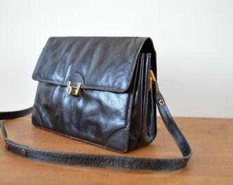 Vintage Shoulder Bag 1970s Style Crossbody Dark Brown Leather Bag