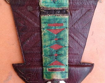 Tuareg Leather Amulet Gris-Gris with Old Shell