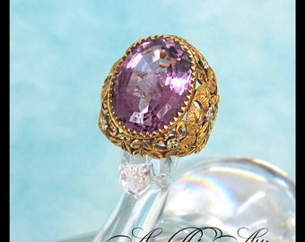 18K Gold Amethyst Ring, Size 6.5 to 7 / Large Statement Ring / Dome / February Birthstone / Made in Italy / Love Story / Estate Jewelry