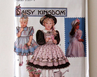 Daisy Kingdom Dress & Pinafore Pattern, Simplicity 9925, 7699, Girls, Toddler, Border Prints 1990s Childs Size 2 - 4, Breast 21 - 23, UNCUT