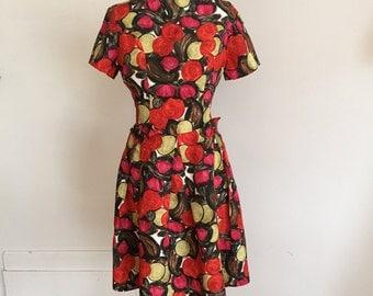 Vintage 50s 60s floral dress