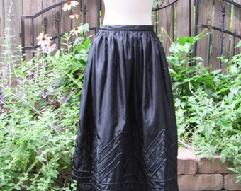 Vintage 80s Black Patterened Taffeta Full Skirt with Pockets / 1980s Regina Porter / Tea Length / XS Small Size 6