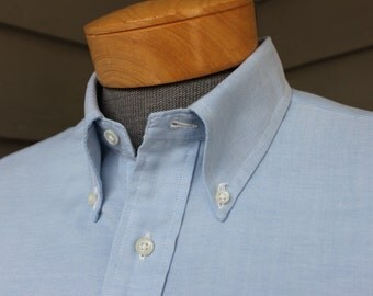 """vintage 1970's Men's -SERO """"The Purist - Natural Classic""""- Oxford Cloth Button down shirt. Blue - Short sleeve. Large - Extra Large  17"""