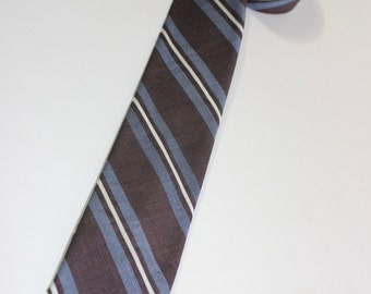 """vintage 1960's -Beau Brummel- Narrow neck tie. Cotton & Silk - Brown with Diagonal repp stripes in Blue and White. 2 1/4"""" Wide"""