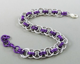 Violet Chainmail Bracelet, Chainmaille Bracelet, Helm Weave Chain Mail Jewelry, Helm Bracelet, Violet Jewelry