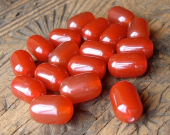 "18 x   barrel resin amber look beads 2 cm or 0.75"""