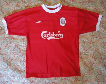 "Liverpool Football Club Football Club Jersey - Red - Reebok / Carlsberg - Liverpool F.C. official merchandise. Size 38""/40"""
