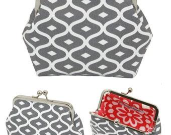 Personalized metal frame Clutch purse, Small Custom Made clutch, Evening bag, kiss lock bag.