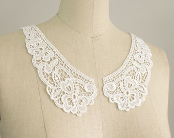 White Venise Floral Peter Pan Lace Collar / Neckline / Edwardian Lace Necklace / Two piece Peterpan Collar