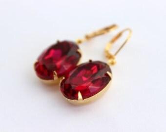 Oval pink earrings, fuchsia earrings, bright pink earrings, pink and gold earrings, oval earrings, girl earrings, hot pink earrings F01